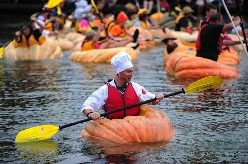 Giang Pumpkin Kayaking